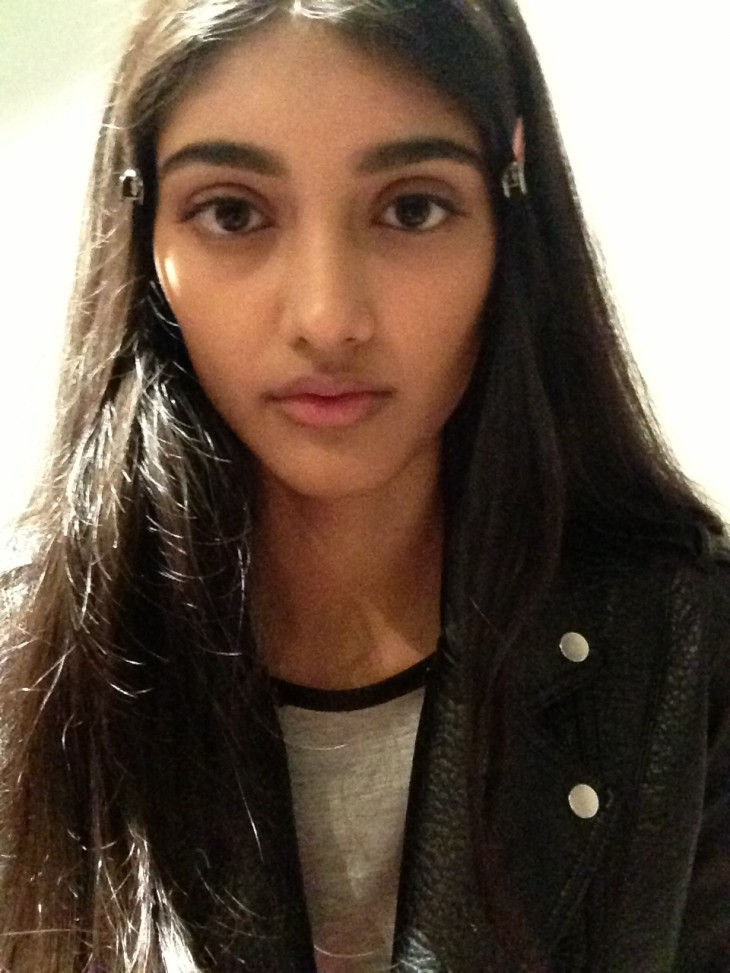 Neelam Johal Backstage Burberry Runway London Fashion Week SS14 (1)